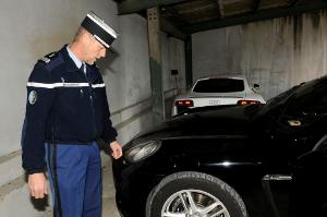 Confiscation of luxury cars