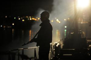 Ozbrojenec na stráži ©Belga/AFP/V.Drachev