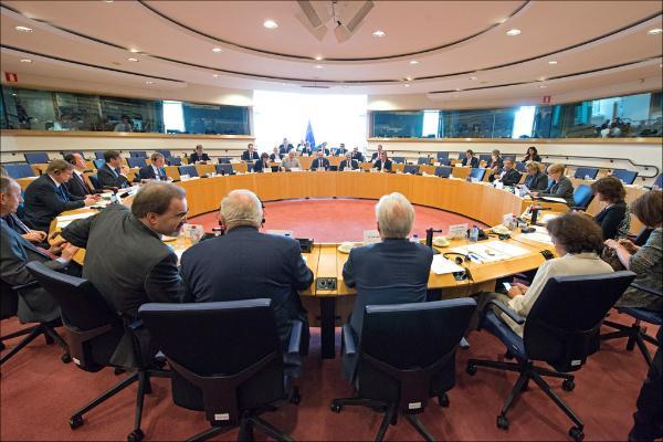 Photo des présidents réunis pour la Conférence des présidents