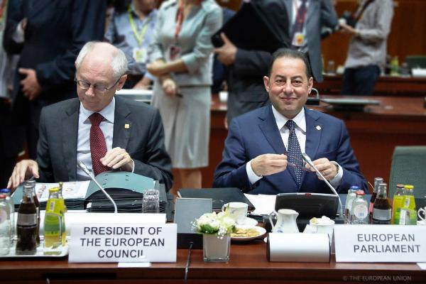The President of the European Council, Herman Van Rompuy, and the acting President of the European Parliament Gianni Pittella, at the start of the European Summit meeting on the 27-06-2014 in Brussels ©The Council of the European Union