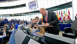 European Parliament ratifies EU-Ukraine Association Agreement