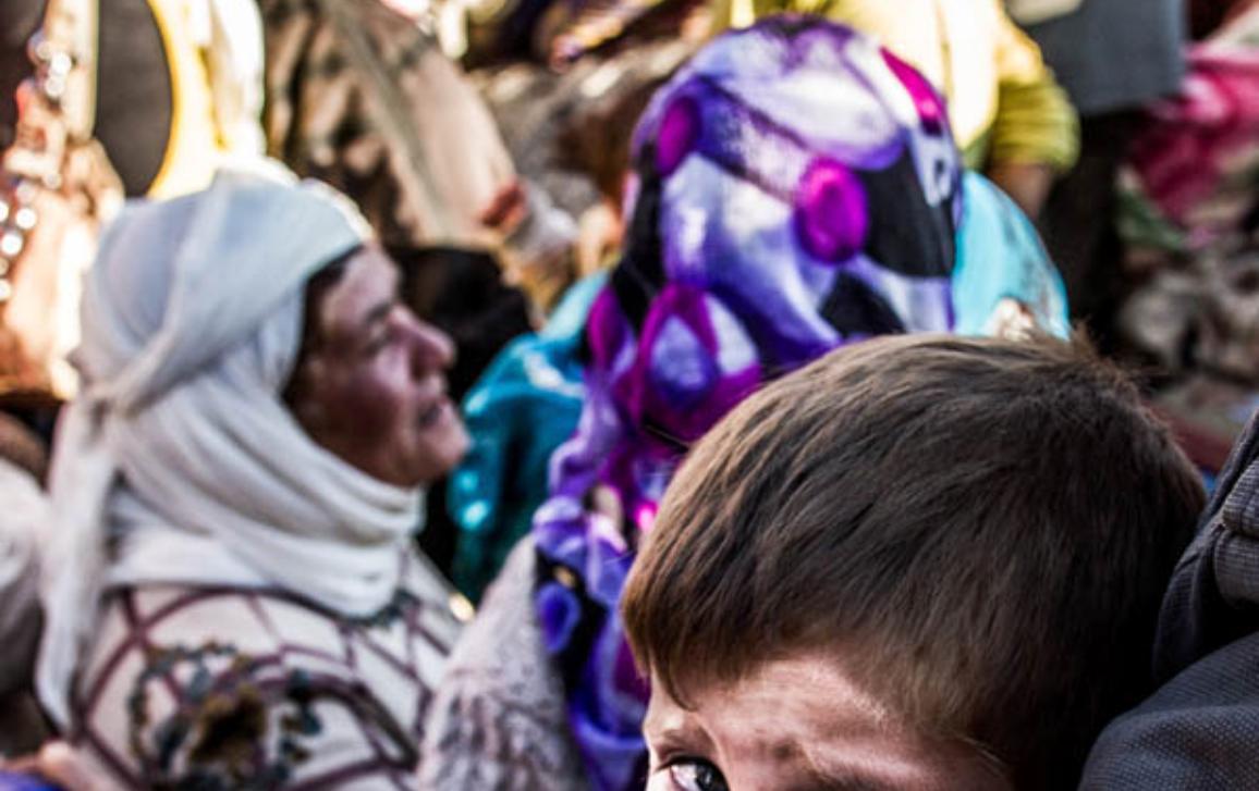 Sept. 30, 2014 - Kobane, Border Syria - Refugees from Kobane escape from the attacs of IS to the Turkish side, on September 30, 2014. ©BELGA_Zumapress_Sebastian Backhaus