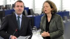 As Manfred Weber welcomes Juncker's team with unconcealed optimism, Pervenche Berès says her group will keep a close eye on the new Commission's pledges.