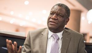 Denis Mukwege, galardonado con el Premio Sájarov 2014 ©Pietro Naj-Oleari_Mukwege_11242014_265.