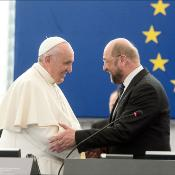 El Papa Francisco durante su intervención el 25 de noviembre en el Parlamento Europeo. Es el segundo pontífice que interviene oficialmente ante la Cámara.
