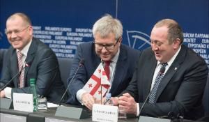 Press conference on the ratification of the EU-Georgia Association Agreement with (L-R) the rapporteur Andrejs Mamikins, the Vice-President of the European Parliament Ryszard Czarnecki and Georgia President Giorgi Margvelashvili