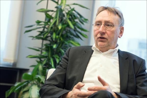 Interview with Bernd Lange