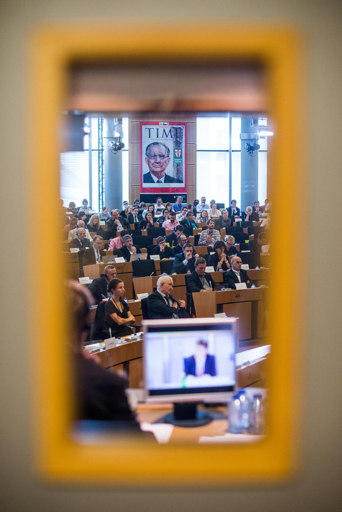 MEPs debateing during a meeting