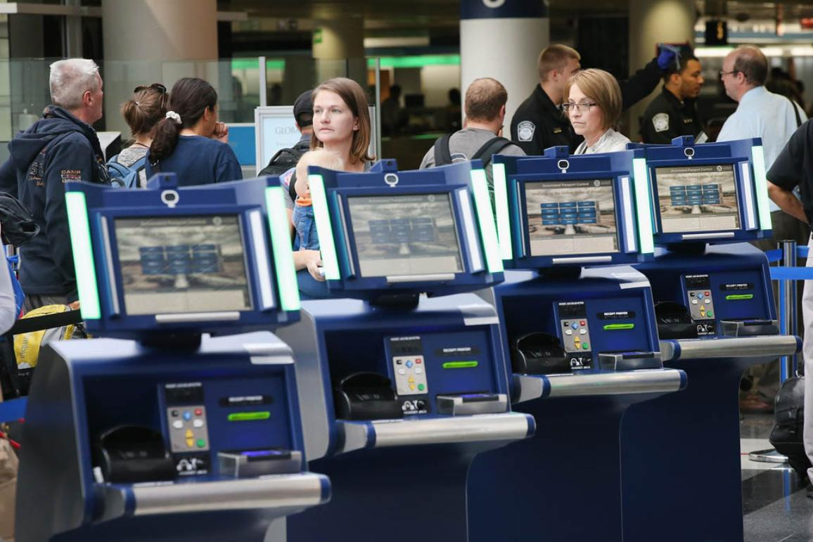 Automated Passport Control kiosks in an International Airport ©BELGA/Getty Images/AFP/S.Olson