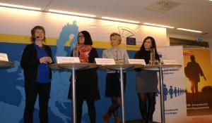 I panelen: Malin Björk, Therese Svanström Andersson, Anna Rennéus Guthrie & Berivan Öngörur