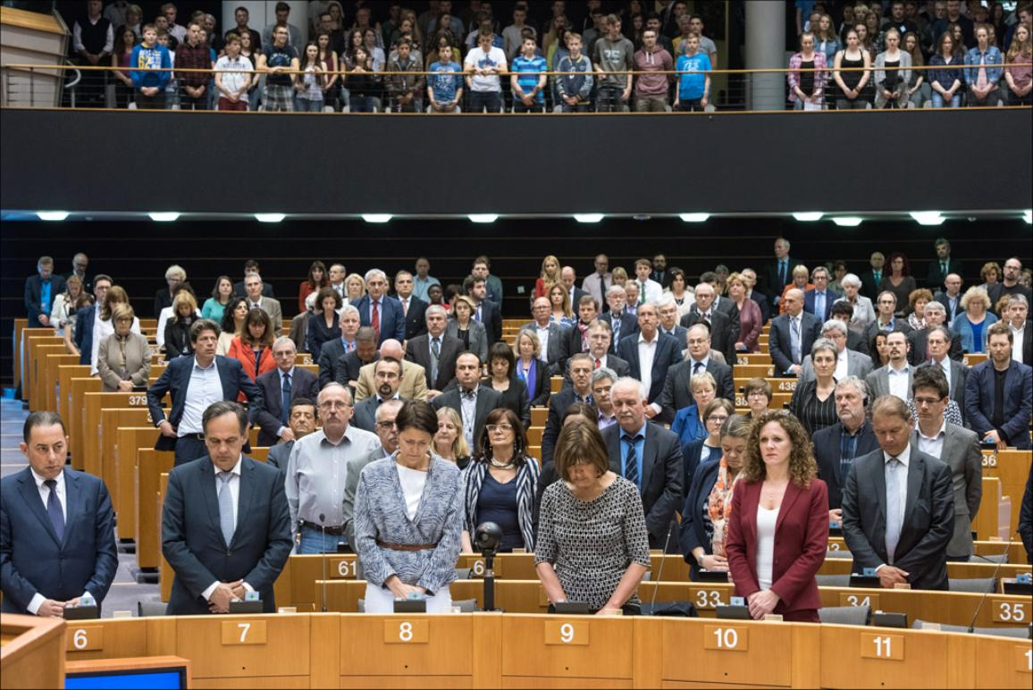 """The session opened with a minute's silence for the 400 migrants feared dead in the Mediterranean. """"This repeated calamity must not lead us into apathy"""" says EP President Martin Schulz"""
