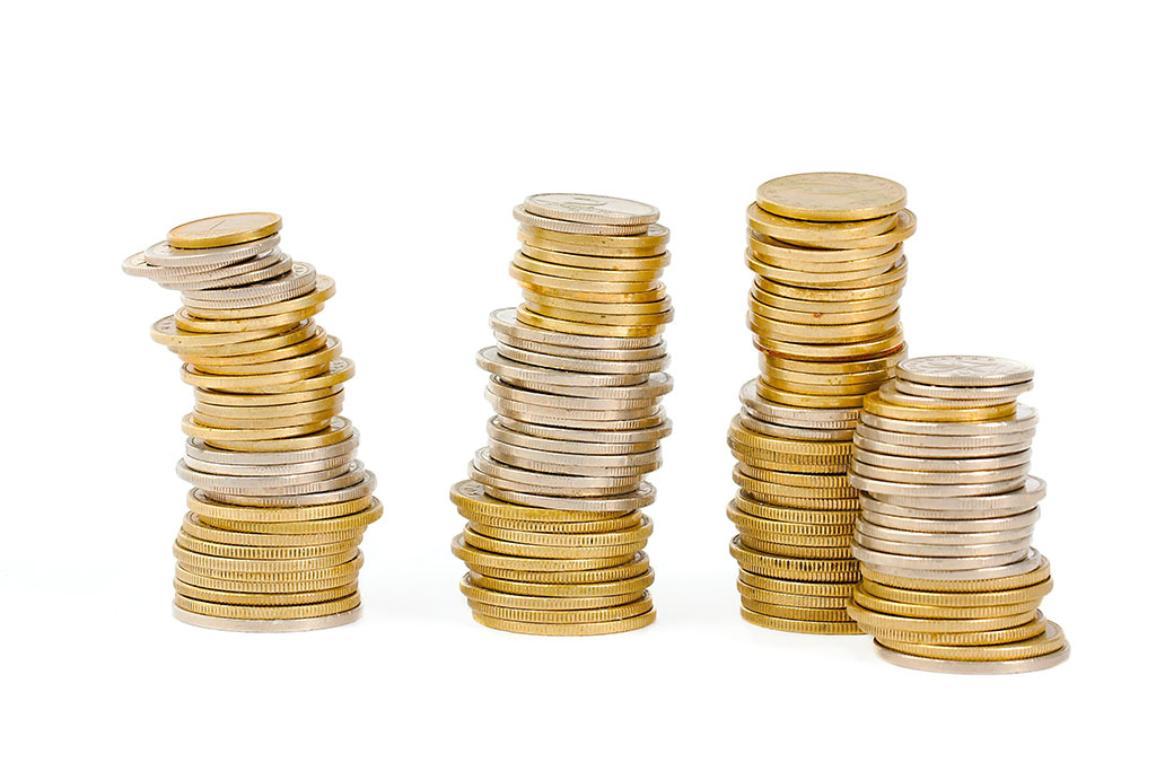 Eurodeputados analisam anualmente a forma como as instituições da UE gastaram dinheiro ©BELGAIMAGE-EASYFOTOSTOCK-Zoonar-P.Gudella