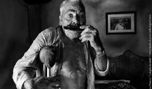 """Geriausioje balandžio mėn. konkurso tema """"Sveikata"""" nuotraukoje – gyvenimu besidžiaugiantis vyras su negalia ©Carlos Lopes Franco/ """"a alegria da saúde""""/ www.facebook.com/carlos.lopesfranco"""