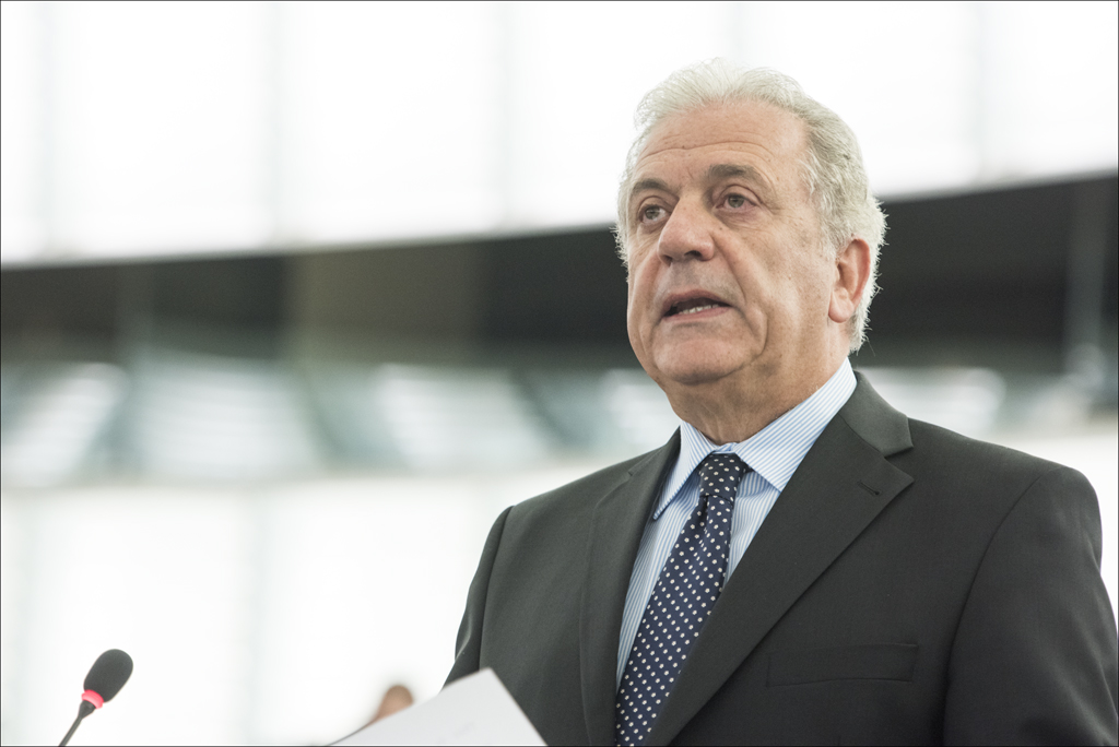 "Migration, ""MEPs debate EU response"". In the photo: AVRAMOPOULOS Dimitris Commission"
