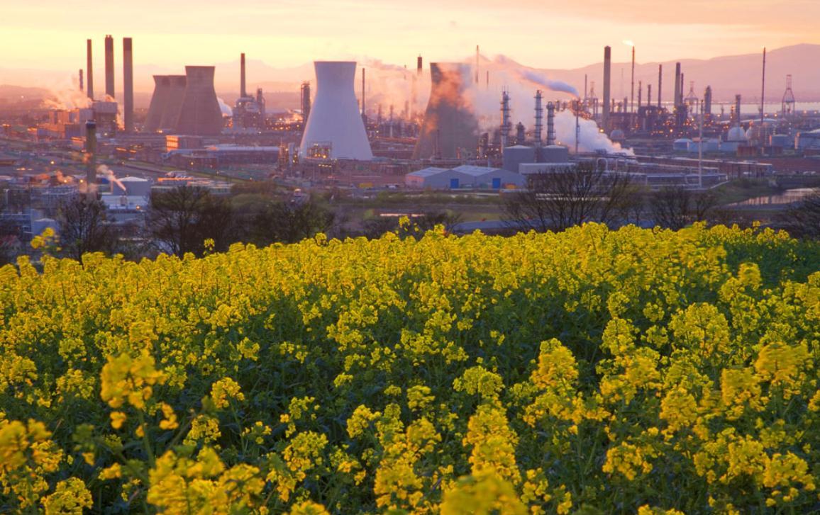 """Emissões globais de CO2 da queima de combustíveis fósseis e da indústria (produção de cimentos e metais)"""" Fonte: Centro Comum de Investigação i©BELGAIMAGE/AGEFOTOSTOCK /P.Cairns"""