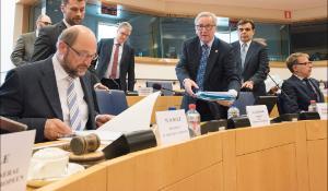 Réunion extraordinaire de la Conférence des présidents avec le Président de la Commission, Jean-Claude Juncker, pour débattre des derniers développements en Grèce
