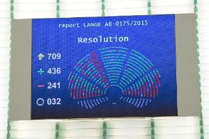 """"""" Nous avons donné des indications claires à la Commission sur le type de TTIP que nous souhaitons"""" – Bernd Lange (S&D, DE), rapporteur"""