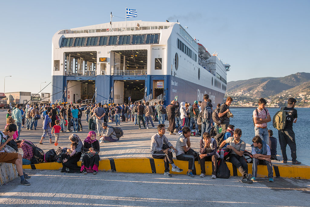 More solidarity to relocate asylum seekers arriving in Italy and Greece to other EU member states is needed, MEPs say ©BELGAIMAGE/Demotix/B.Kletzmann