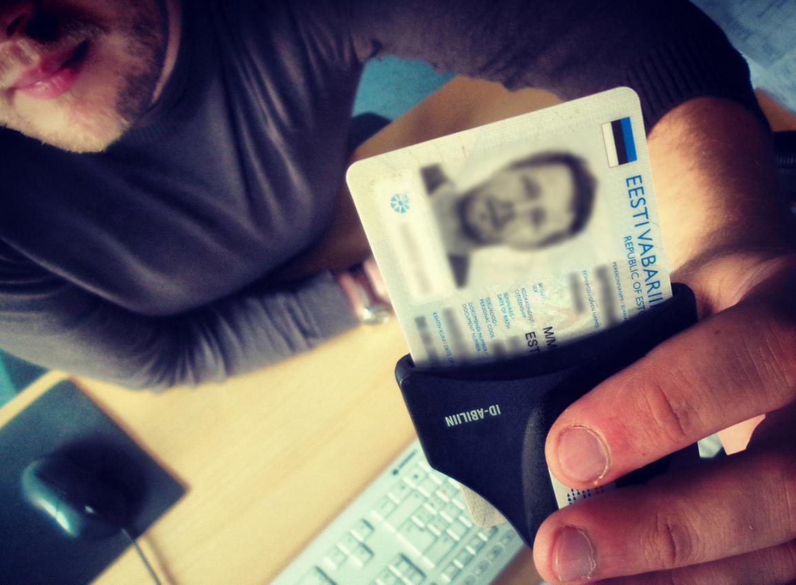 An Estonian citizen casts his electronic vote for the European election