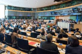 Image of a committee meeting taking place in the European Parliament. People in a meeting room.