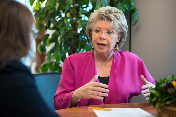 Viviane Reding (ΕΛΚ, Λουξεμβούργο)- ©European Union 2016 - ΕΚMEP Vivaine Reding on TISA