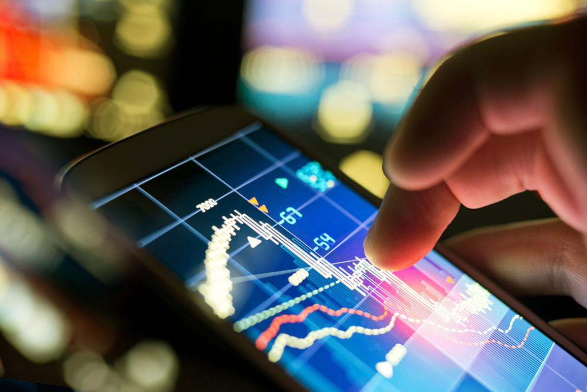 Les députés veulent aider consommateurs et entreprises à saisir les opportunités de la révolution numérique ©AP Images/ European Union-EP