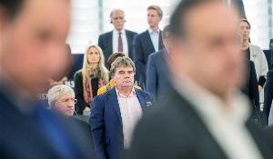 Opening: minute's silence for Miloslav Ransdorf