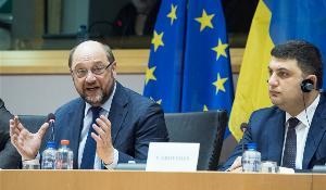 (L-R) European Parliament President Martin Schulz and Volodymyr Groysman, Chairman of the Verkhovna Rada of Ukraine.