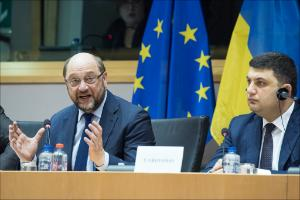 (L-R) European Parliament President Martin Schulz and Volodymyr Groysman, Chairman of the Verkhovna Rada of Ukraine.