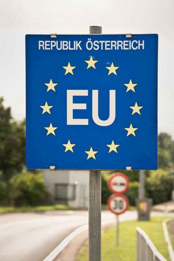 Close up of a EU (European Union) border post on a road ©AP Images/ European Union-EP