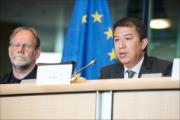 EASA executive Director Partick Ky and TRAN Chair Michael Cramer on podium