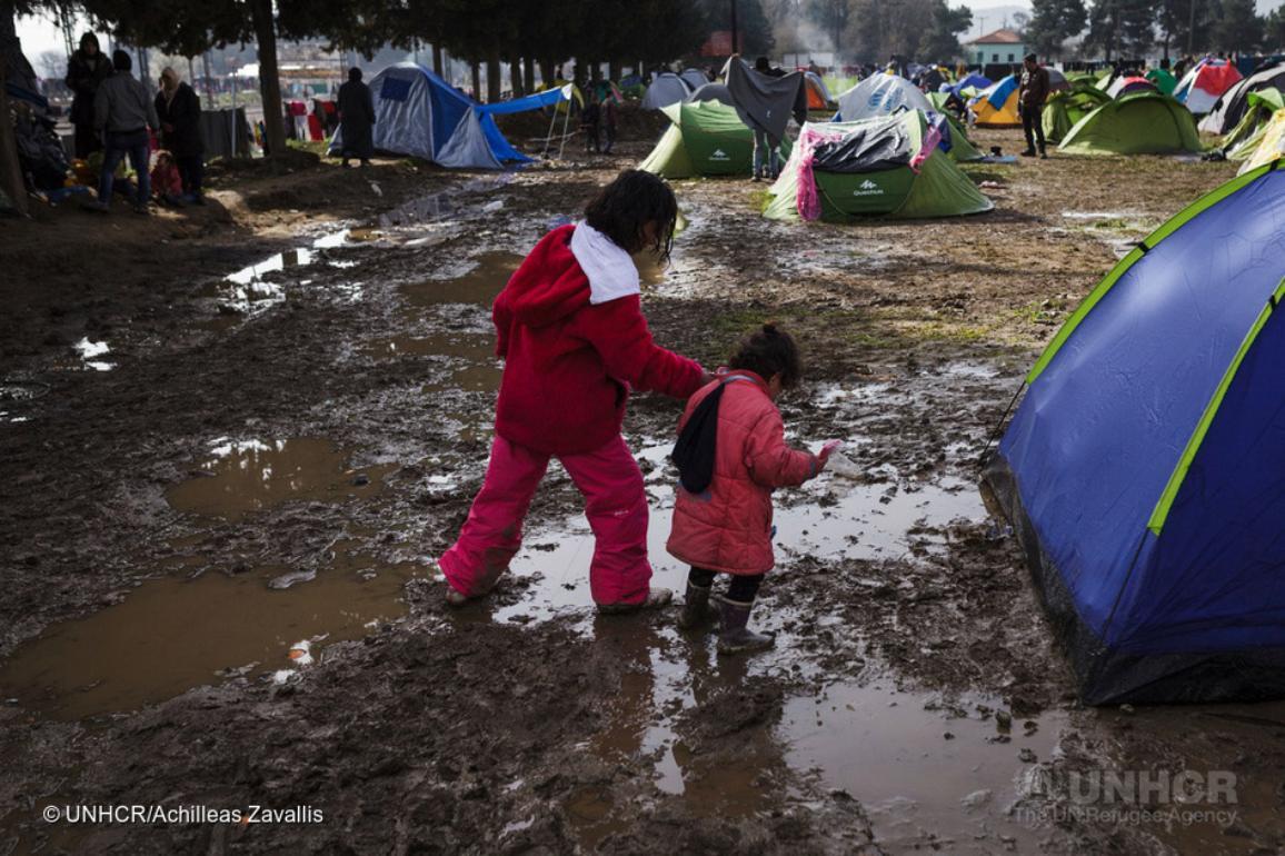 Miles de refugiados, la mayoría de Irak y Siria, se encuentran en Grecia © Acnur/Achilleas Zavallis.