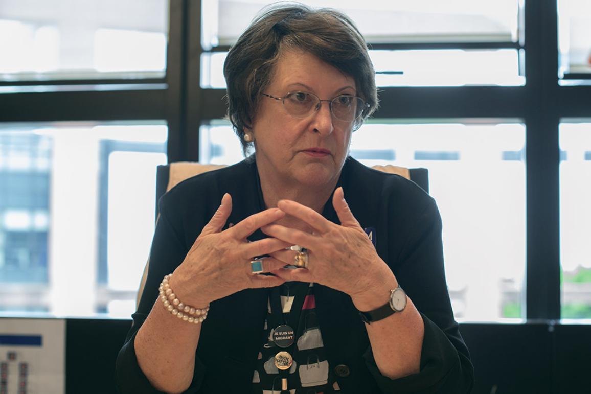 Catherine Bearderová při rozhovoru o boji proti obchodování s lidmi