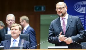 European Parliament President, Martin Schulz, is pictured next to Dutch King, Willem Alexander, during the opening of May 2016 plenary session in Brussels