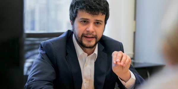 Il deputato socialista italiano Brando Benifei_