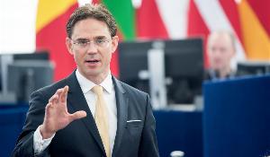 """Le vice-président de la Commission Jyrki Katainen propose d'étendre le """"plan Juncker"""" au-delà de la durée initiale de trois ans"""