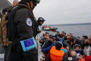 Frontex at work during a rapid intervention rescue operation @European Union 2016 - Frontex