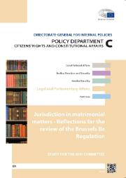 cover of a briefing paper, Parliament's logo, bookshelf on the left side, background colours are white and orange