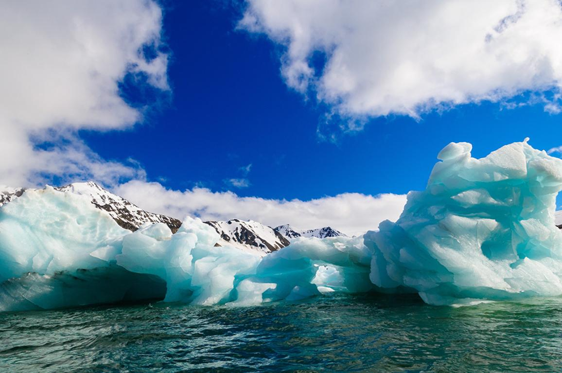 icebergs floating in a fjord in Svalbard ©AP Images/ European Union-EP