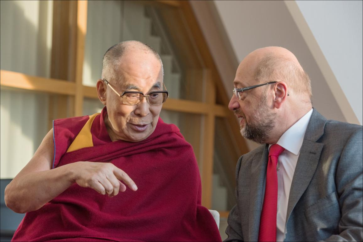 Dalai Lama I Am One Of The Admirers Of The Spirit Of The European Union News European Parliament