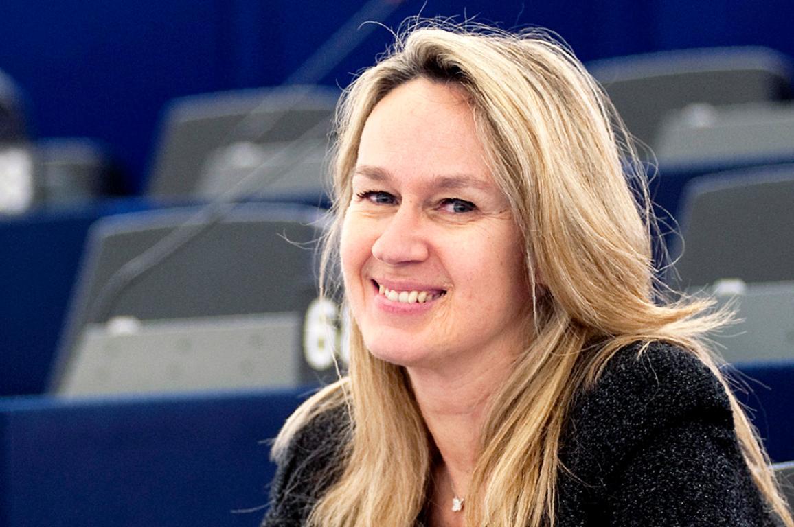 Constance Le Grip esindab parlamendis Rahvaparteid ja Prantsusmaad