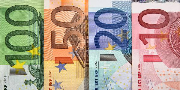 Imagen ilustrativa de billetes de euro