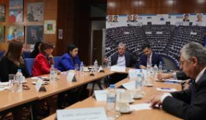 Hadjigeorgiou Round Table