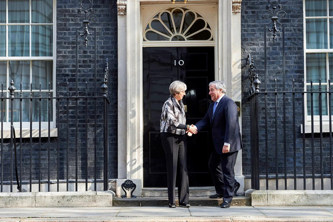 Theresa May e Antonio Tajani a Londra, 10 Downing Street