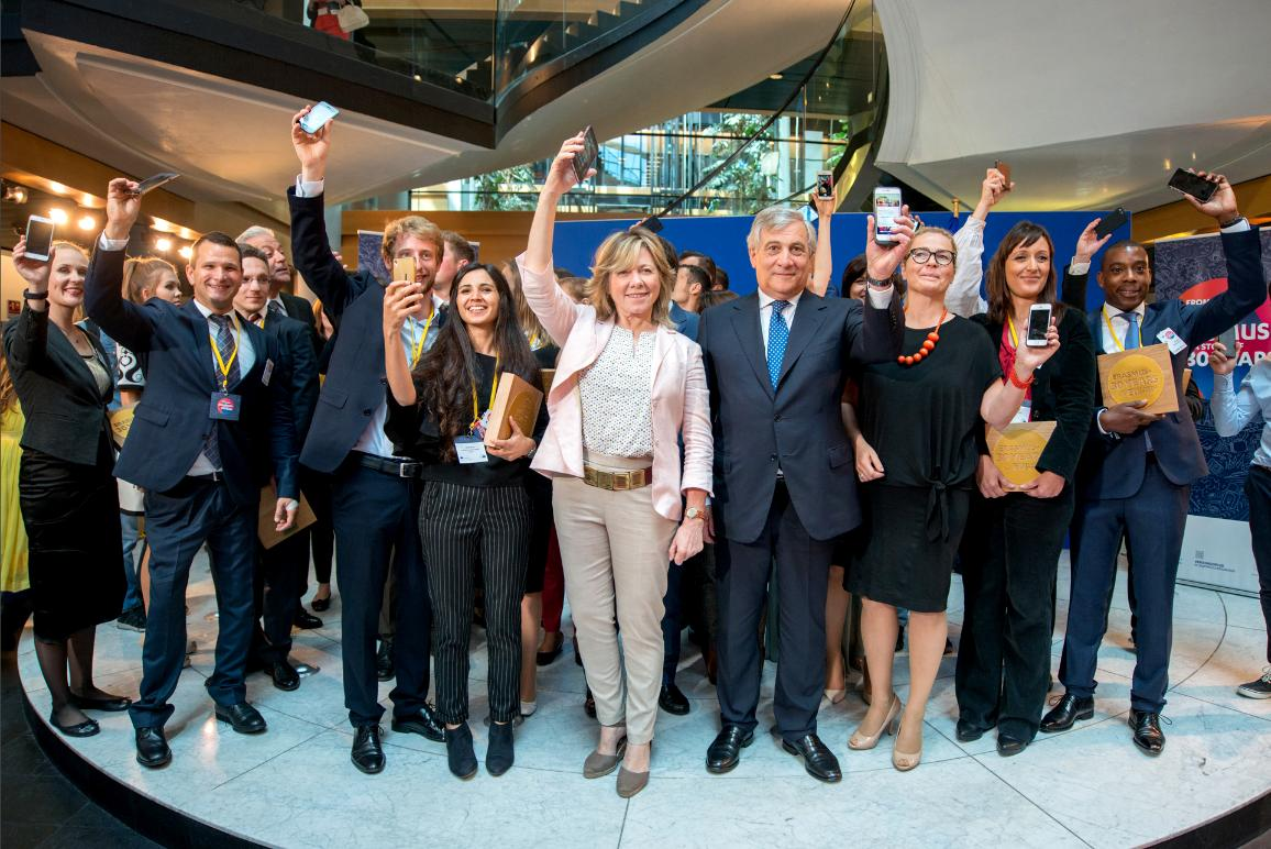 EP President Tajani celebrates the end of roaming charges with the Rapporteurs and Erasmus Students at the European Parliament in Strasbourg