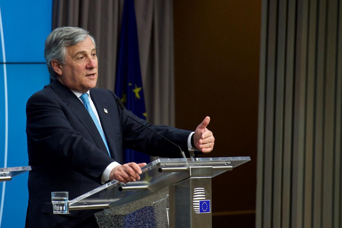 Il Presidente del Parlamento Antonio Tajani si rivolge al Consiglio europeo riunito a Bruxelles