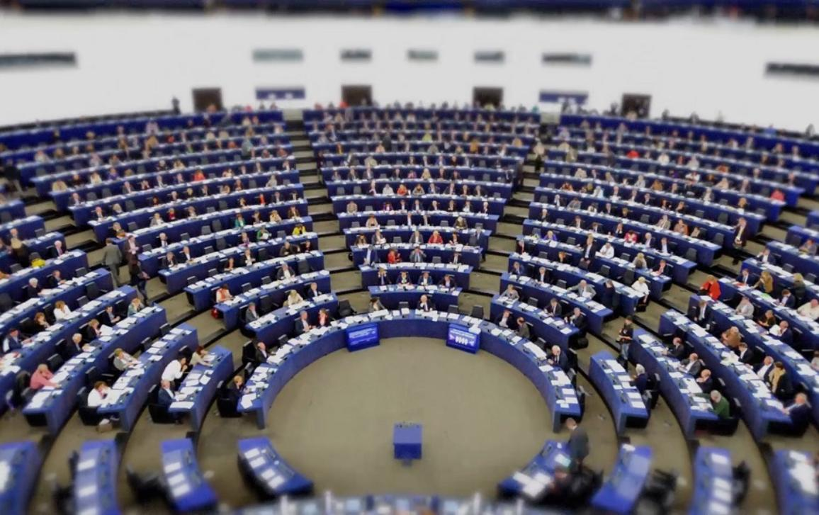 The 2017 State of the Union debate focusses on the future of the EU. MEPs will discuss with Commission President Jean-Claude Juncker the best way to tackle the challenges facing the EU.