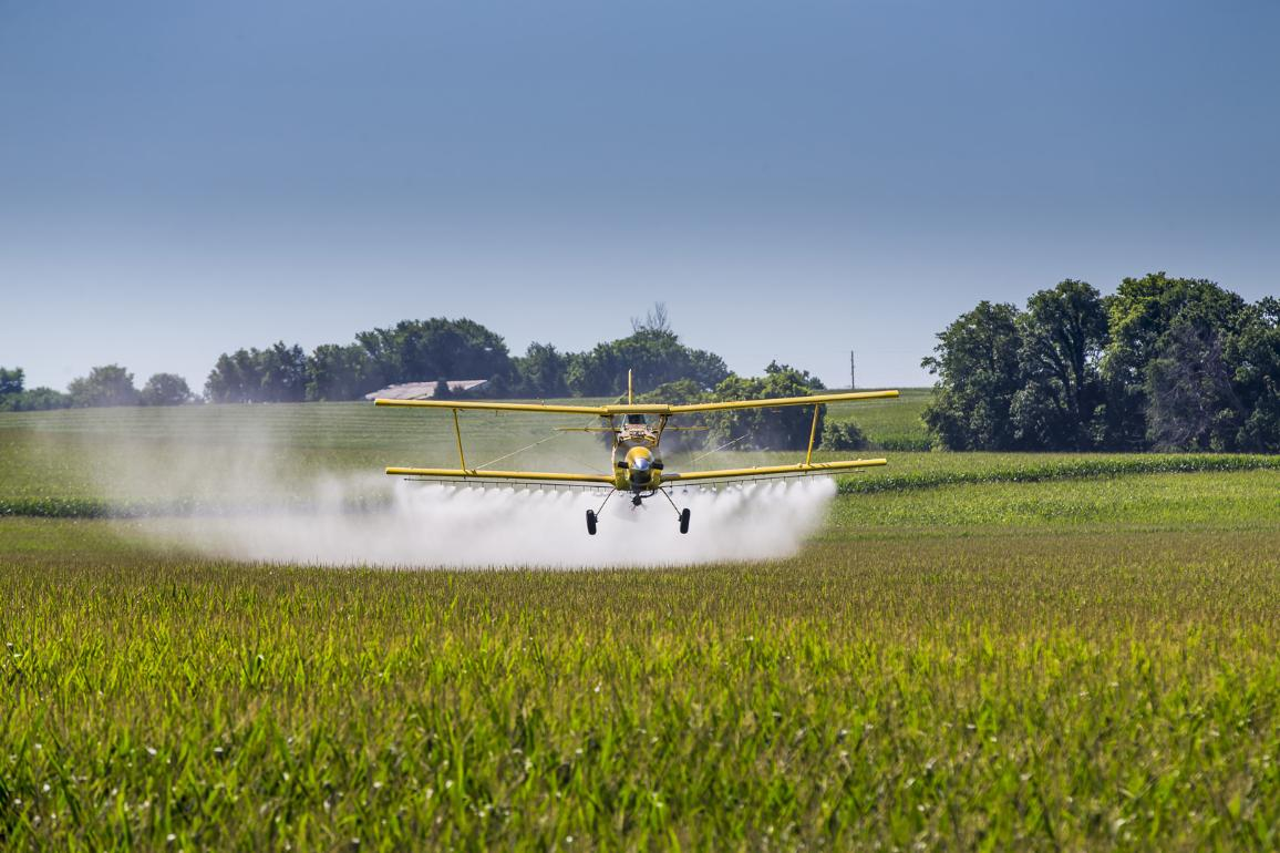 Yellow Crop Duster ©AP Images/European Union-EP