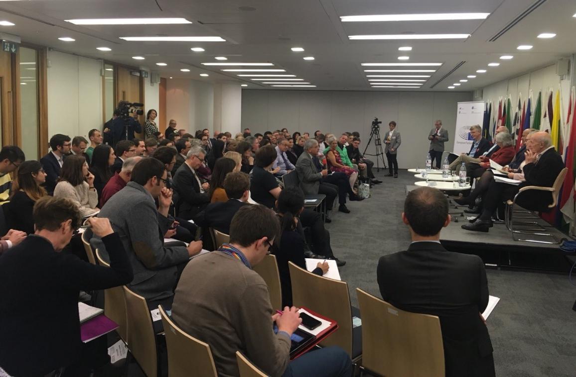 EPIO در انگلستان 10 نوامبر 2017