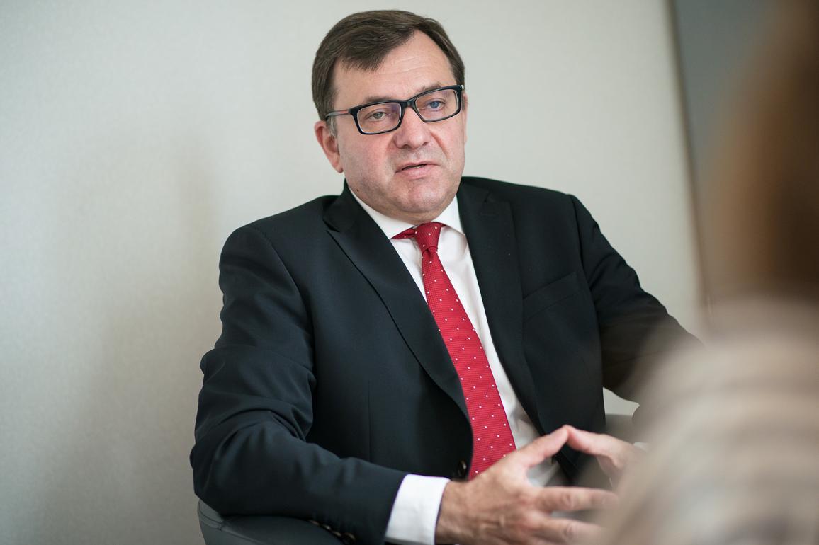 Петър Йежек, председател на комисия на ЕП за данъчните измами